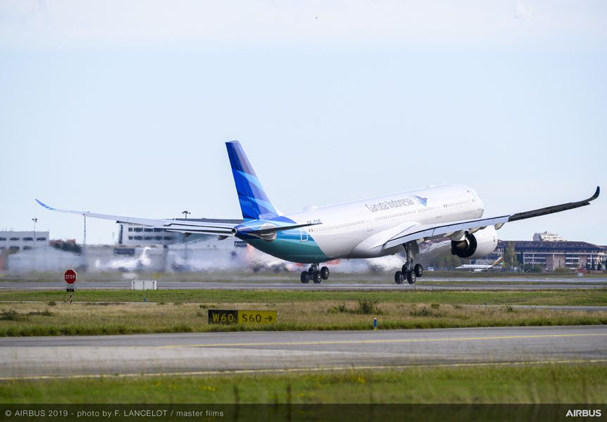 a330neo-garuda-indonesia-delivery-ferry-flight-011